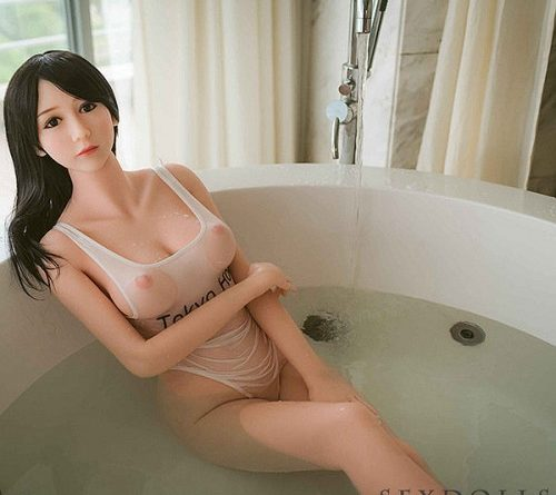 Can I Take a Bath With My Sex Doll?