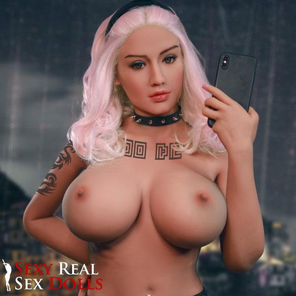 Top 10 Cyberpunk Sex Dolls